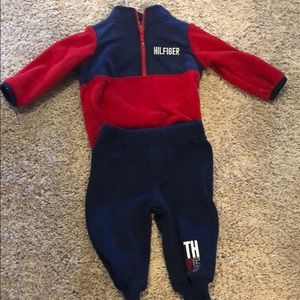 Tommy Hilfiger sweat suit fleece